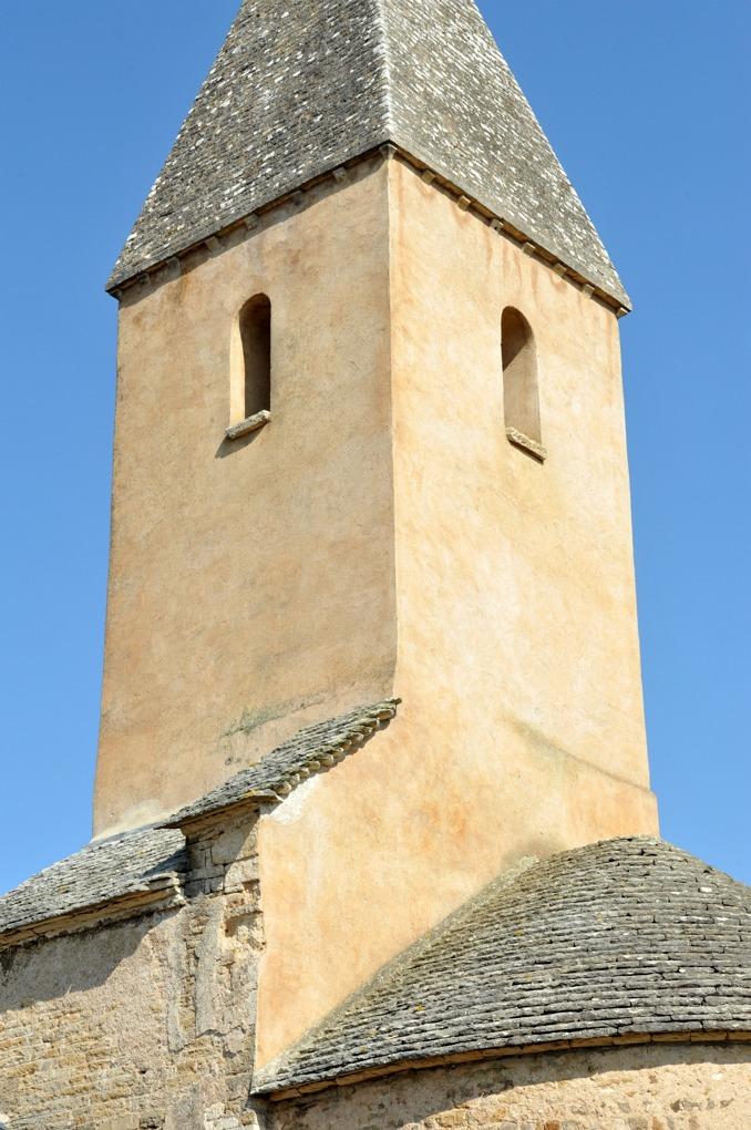 Saint-Vallerin - Eglise Saint-Valérien (choeur, clocher et abside du XIIe siècle)