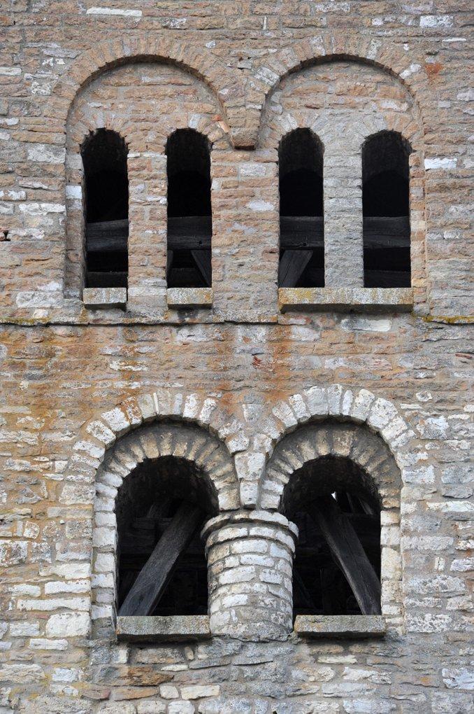Sennecey-le-Grand - Eglise Saint-Julien (XIe-XIVe siècle) - Baies du clocher