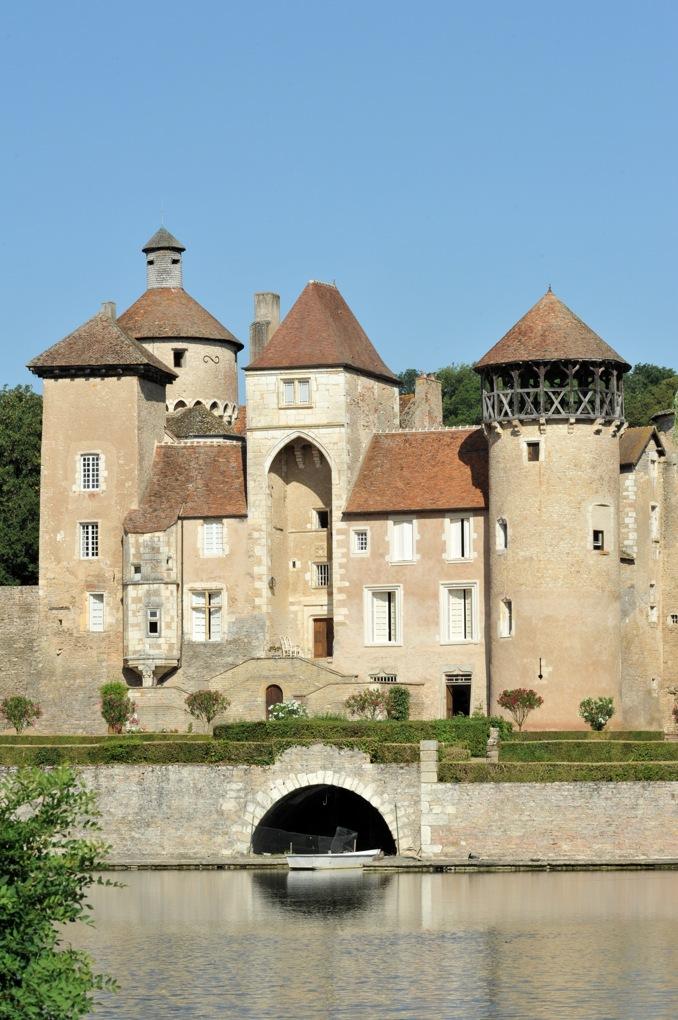 Sercy - Château (XIIe et XVe siècle)