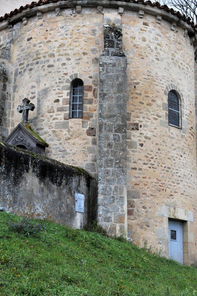 Avril-sur-Loire - Eglise Saint-Pierre (XIIe siècle) - Chevet