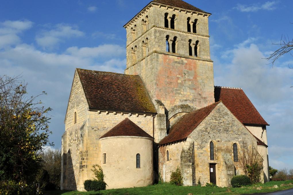 Béard - Eglise Saint-Laurent (XIIe siècle)