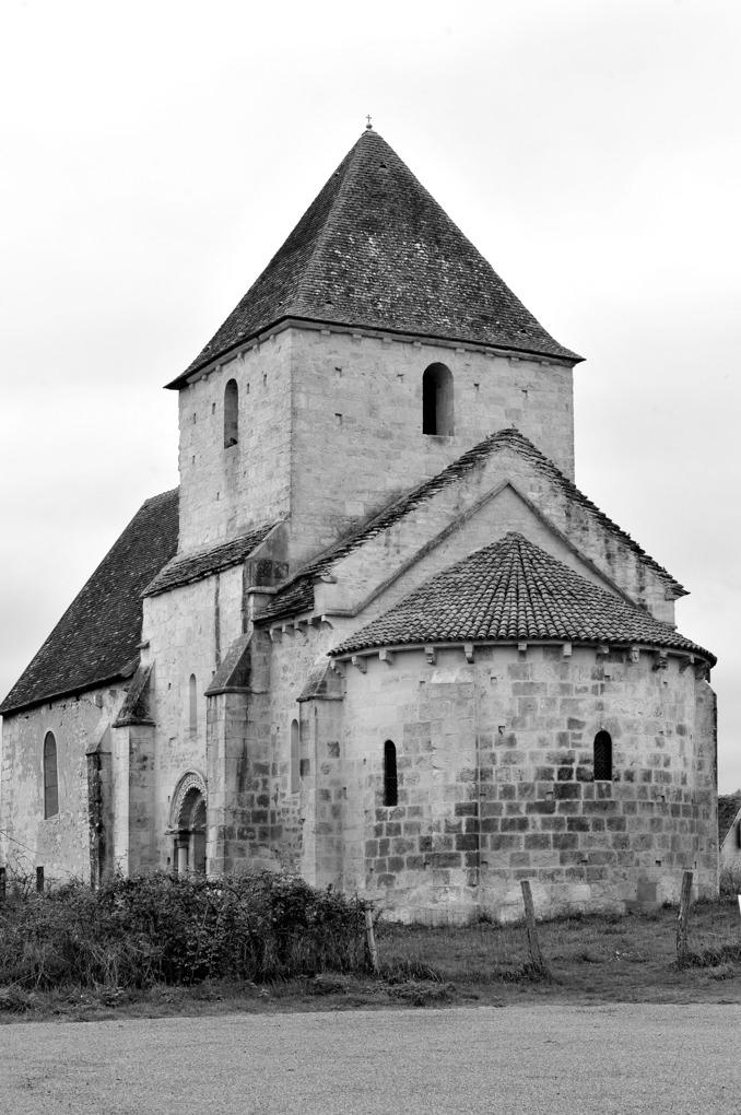 Chevenon - Eglise Saint-Laurent à Jaugenay (XIIe siècle)