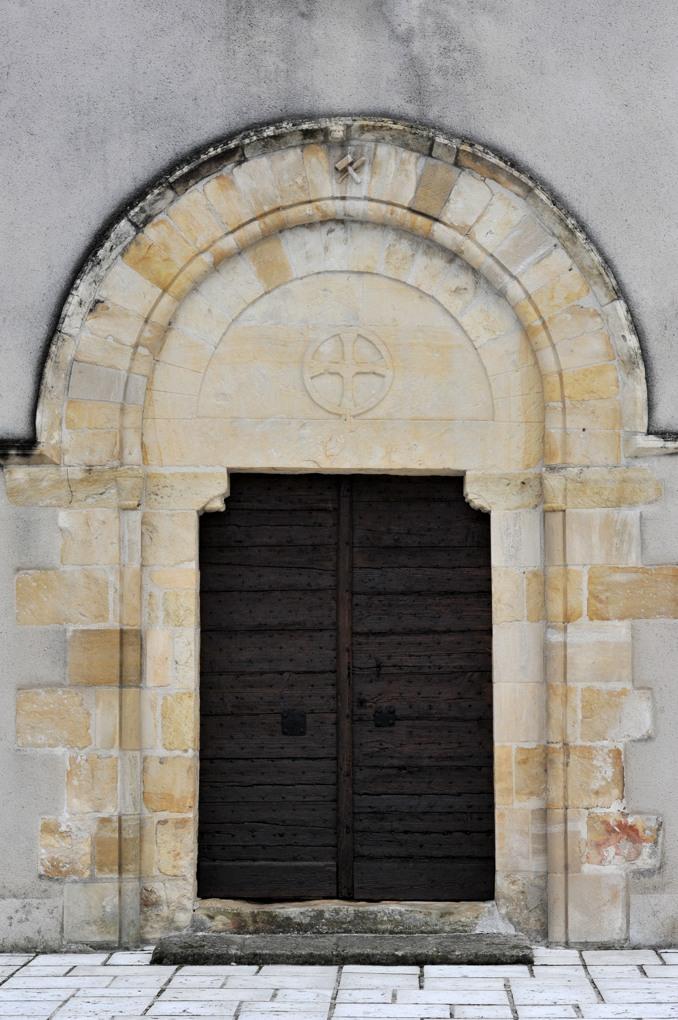 Imphy - Eglise Notre-Dame (XIIe siècle) - Le portail ouest