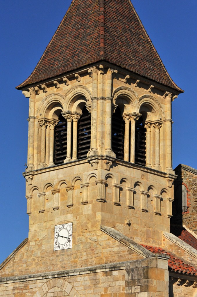 Saint-Julien-de-Jonzy - Eglise saint-Julien - Le clocher