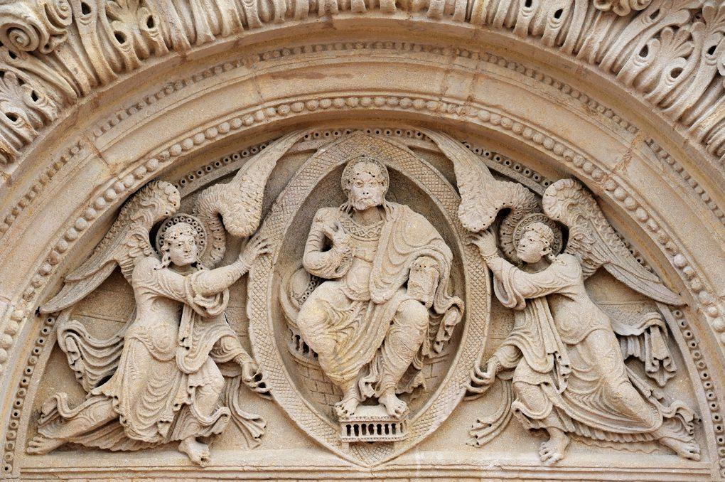 Saint-Julien-de-Jonzy - Eglise Saint-Julien - Le tympan