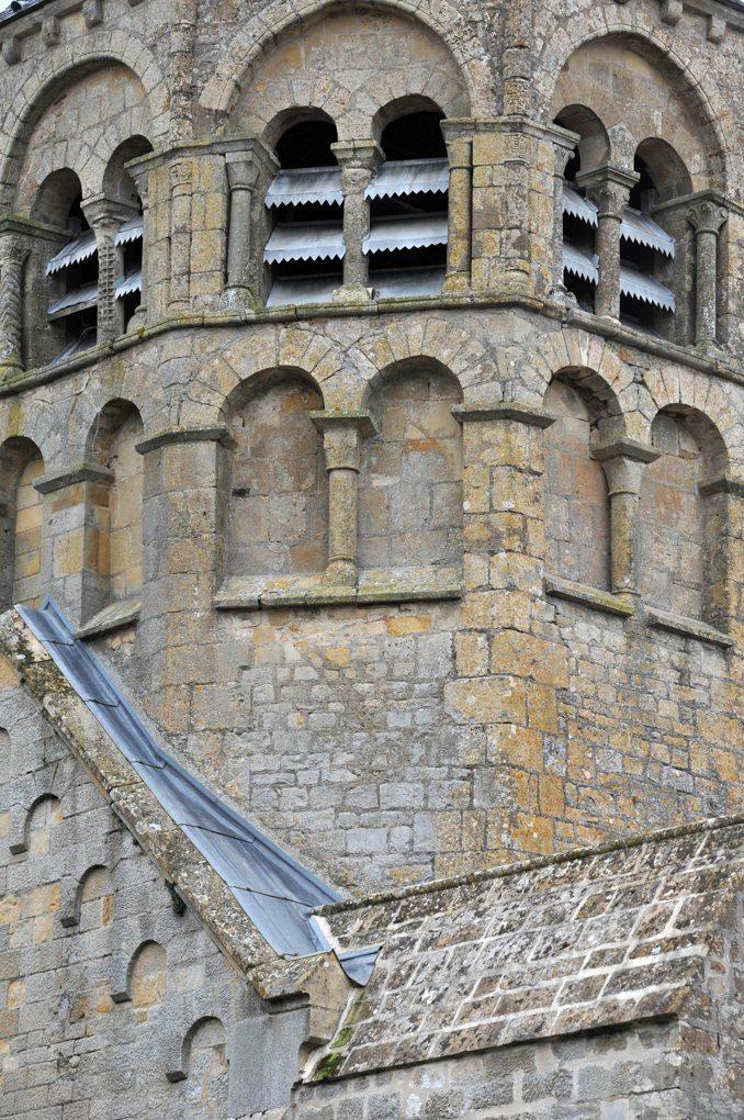 Saint-Sulpice -Eglise saint-Sulpice - Le clocher (fin du XIIe siècle)