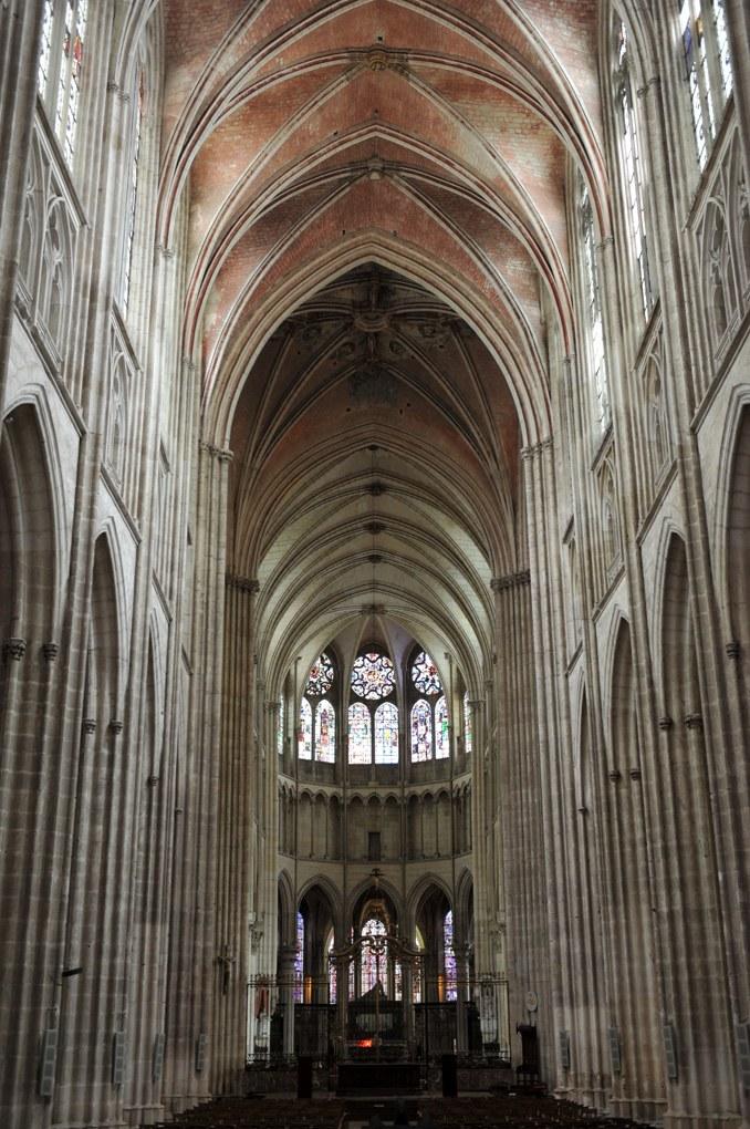Auxerre - La cathédrale gothique (XIIIe-XVIe siècle)
