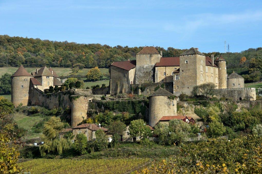Berzé-le-Châtel - Le château (Xe-XVe siècle)