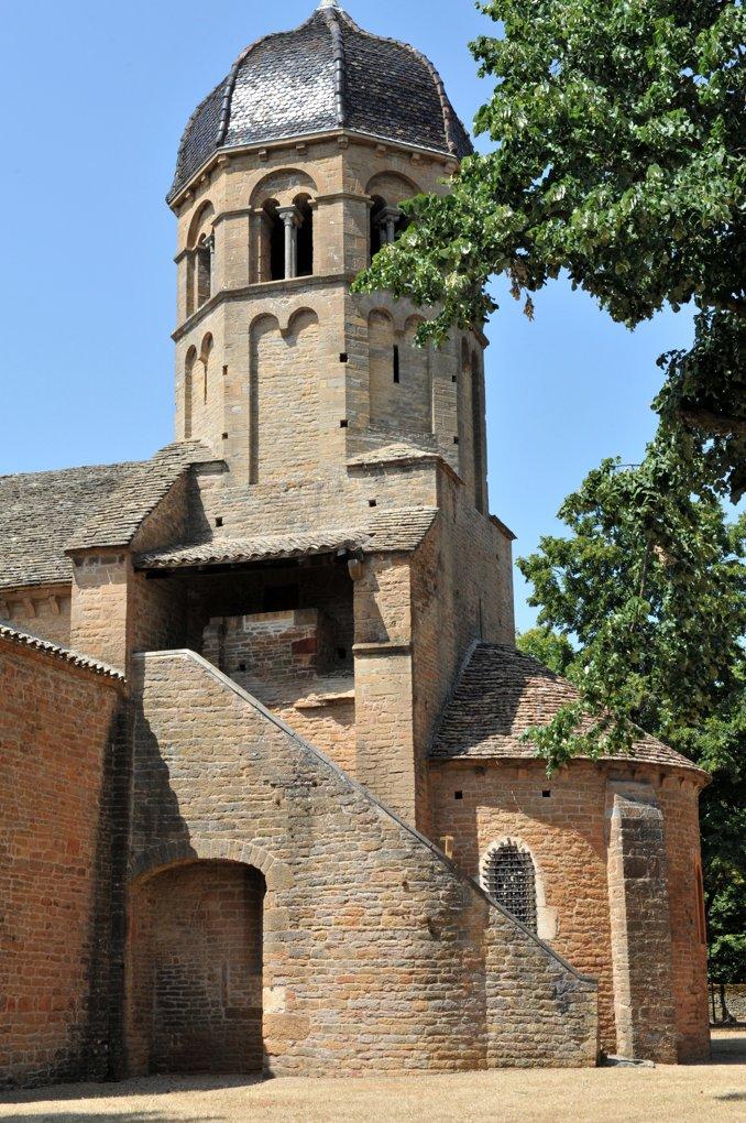 Charnay-lès-Mâcon - Eglise Saint-Pierre (aujourd'hui Sainte-Madeleine) : l'abside (XIIe siècle)