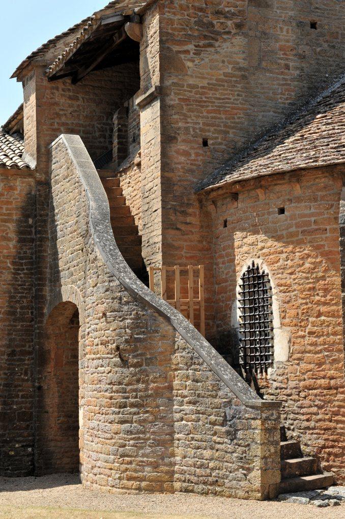 Charnay-lès-Mâcon - Eglise Saint-Pierre (aujourd'hui Sainte-Madeleine) : escalier du clocher