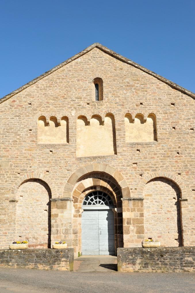 Jalogny - Eglise paroissiale Saint- Valentin (v. 1100)