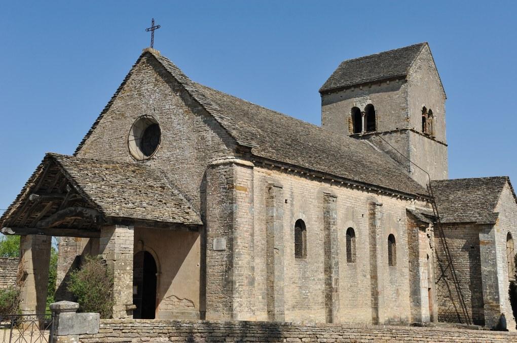 Ozenay - Eglise Saint-Gervais-et-Saint-Protais (XIIe siècle)