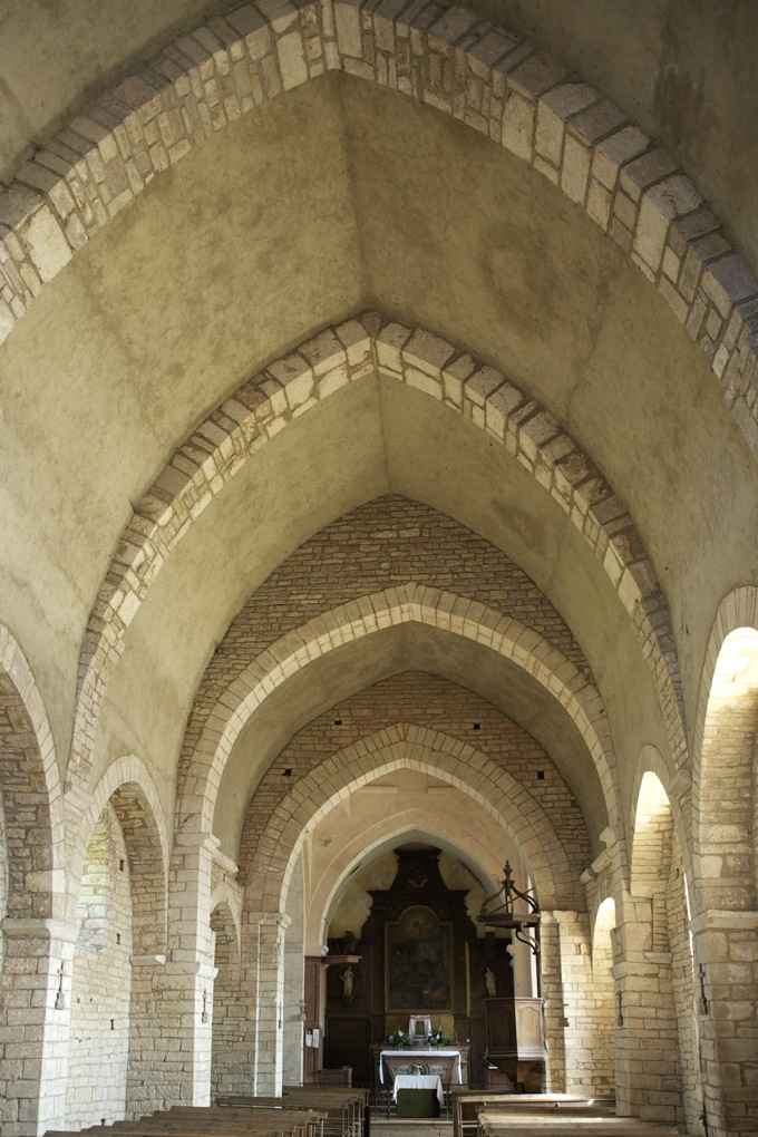 Ozenay-L'église romane (fin XIIe s.)