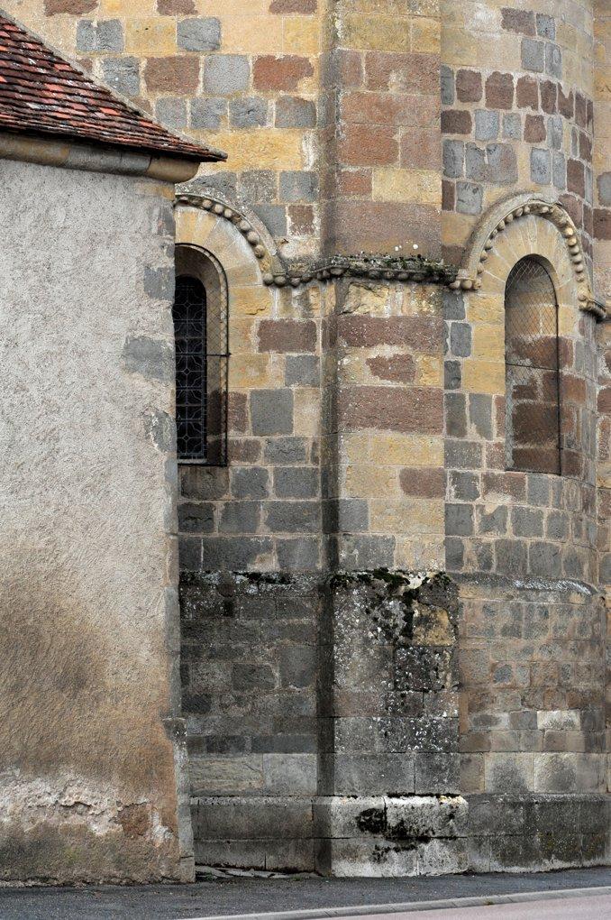 Rouy - Eglise Saint-Germain (XIIe siècle) - L'abside
