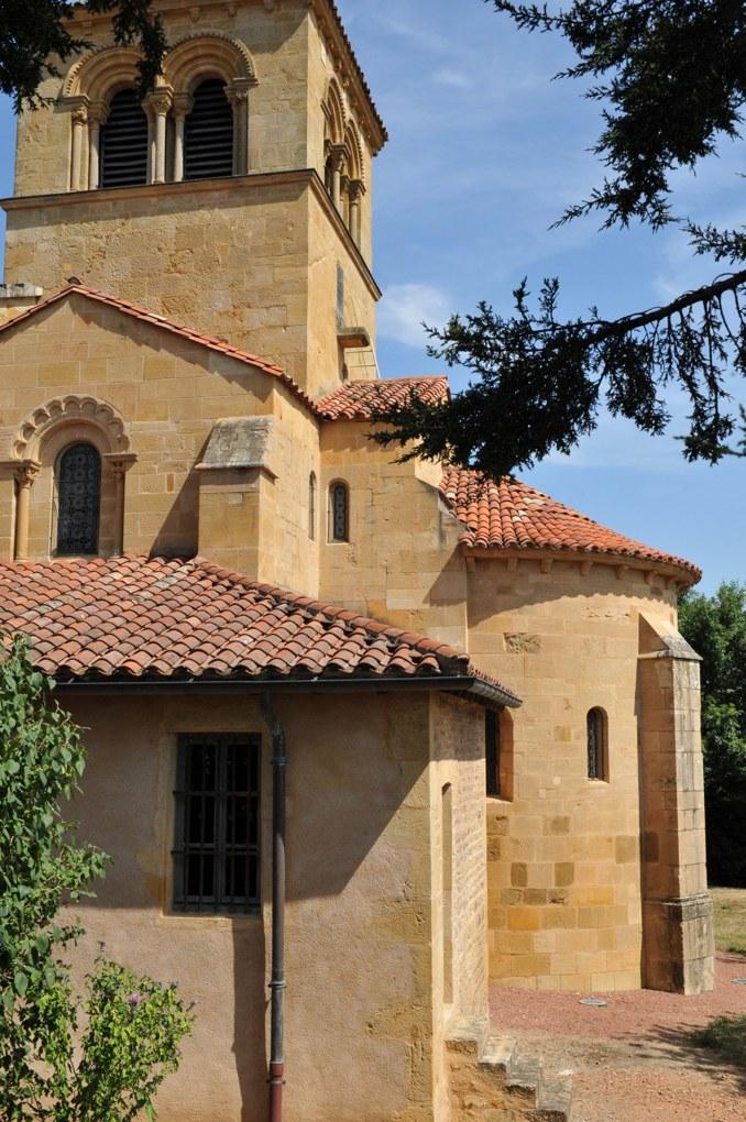 Saint-Bonnet-de-Cray - Eglise saint-Bonnet (milieu du XIIe siècle)