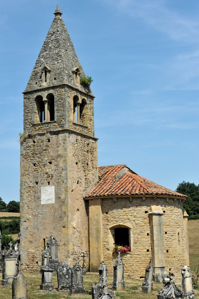 Saint-Maurice-lès-Châteauneuf - Eglise Saint-Benoît, aujourd'hui Saint-Maurice (XIIe siècle)