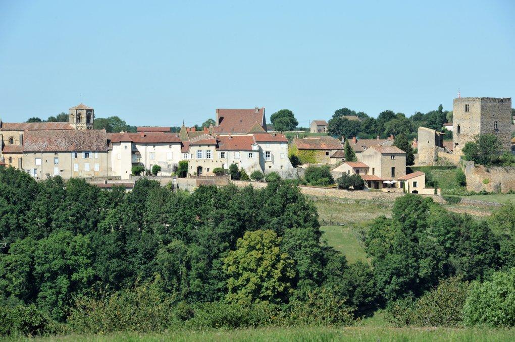 Semur-en-Brionnais - Le village - Château, collégiale et fortifications
