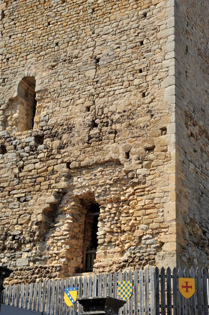Semur-en-Brionnais - Le Château Saint-Hugues - La tour maîtresse (Xe-XIIe siècle)