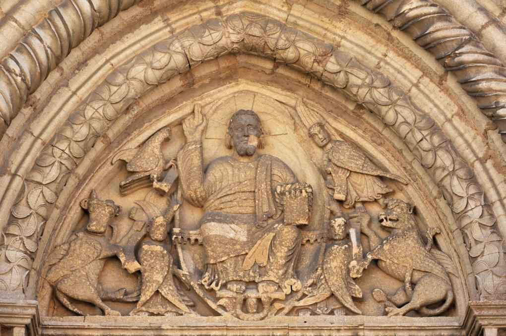 Semur-en-Brionnais - Ancienne collégiale Saint-Hilaire (XIIe siècle) - Portail ouest : le tympan