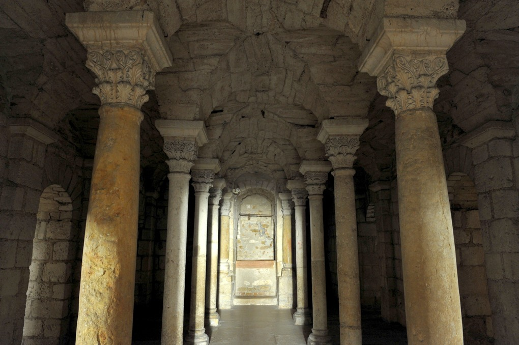 Tournus - Abbaye Saint-Philibert : la crypte