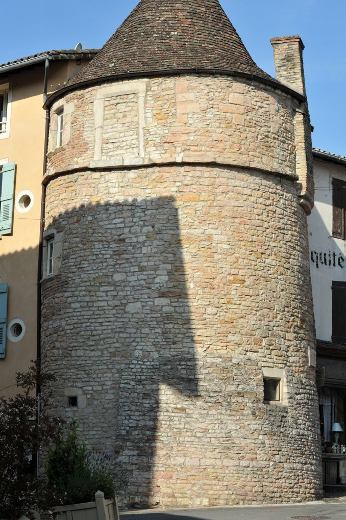 Tournus - Abbaye Saint-Philibert : Tour du Portier (XIIIe siècle)