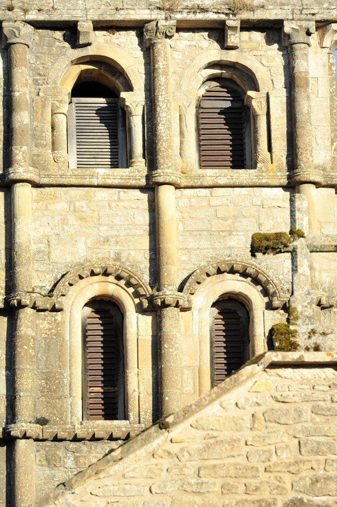 Vareilles - Eglise Saint-Martin : le clocher (v. 1130)