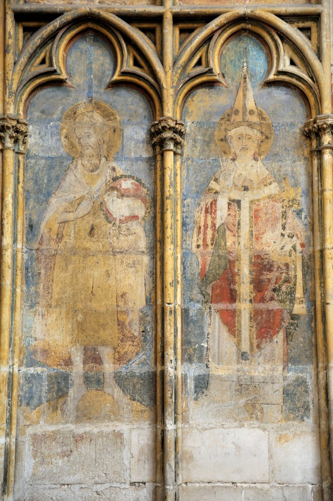 Auxerre - Cathédrale Saint-Etienne (XIe-XVIe siècle) - Peintures murales, bras sud du transept (XIVe siècle) : des évêques