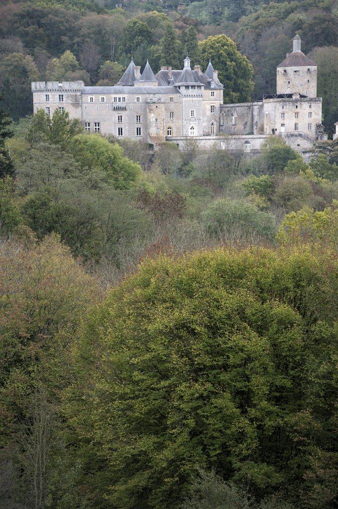 Chastellux-sur-Cure - Le château (XIIIe-XVe siècle et époque moderne)