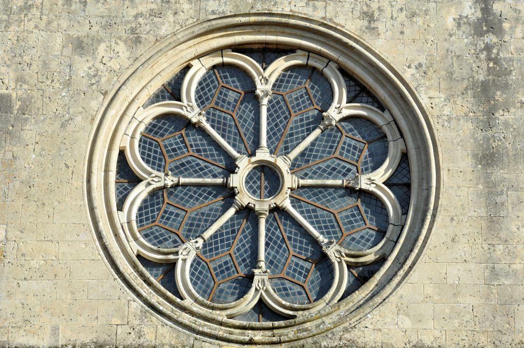 Montréal - Collégiale Notre-Dame : rosace (fin du XIIe siècle)