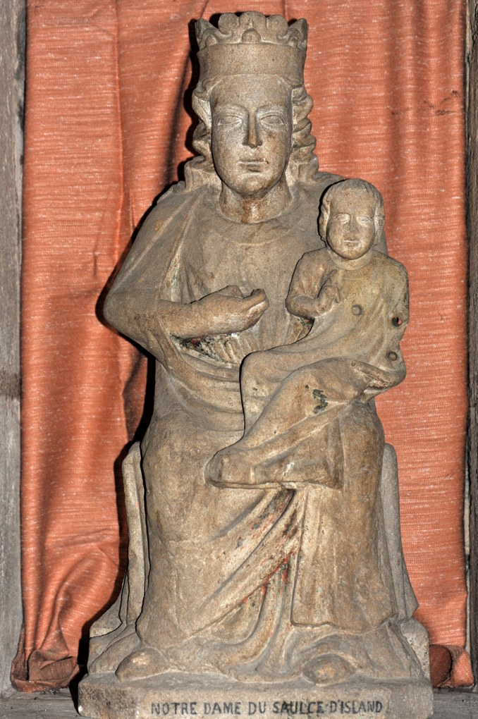 Pontaubert - Eglise de la Nativité - Vierge à l'Enfant provenant de la chapelle du Saulce d'Island (XIIIe siècle)