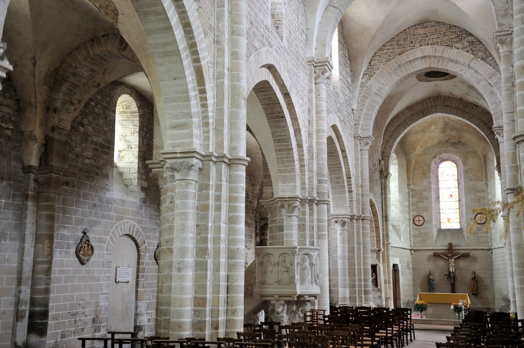 Pontaubert - Eglise de la Nativité (XIIe siècle)