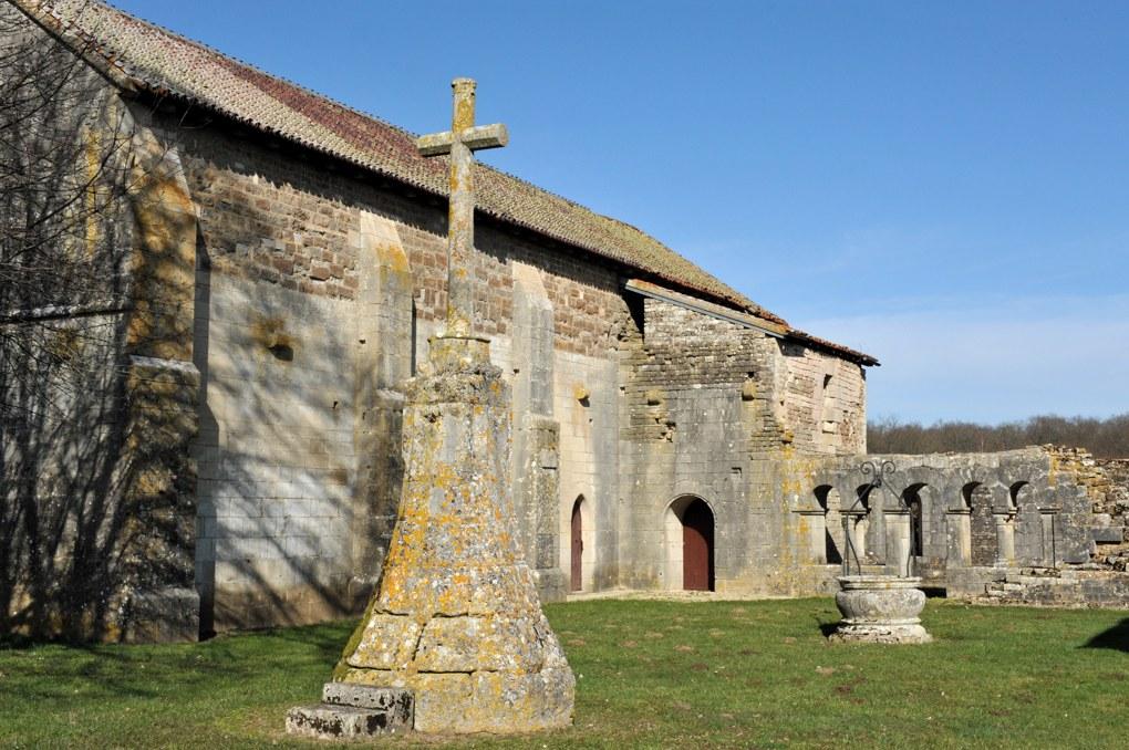 Sauvigny-le-Bois - Prieuré Saint-Jean-des-Bonshommes (XIIIe siècle)