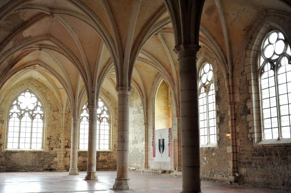 Vermenton - Abbaye de Reigny - Le réfectoire (XIVe siècle)