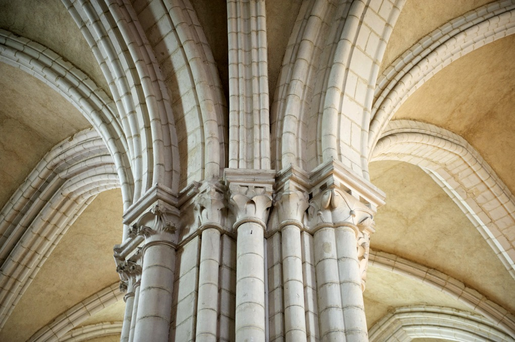 Vermenton - Eglise Notre-Dame : voûtes d'ogives de la nef (XIIe siècle)