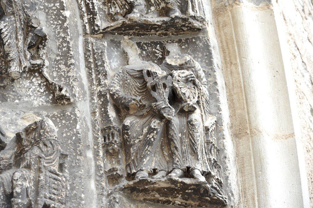 Vermenton - Eglise Notre-Dame : détail des voussures