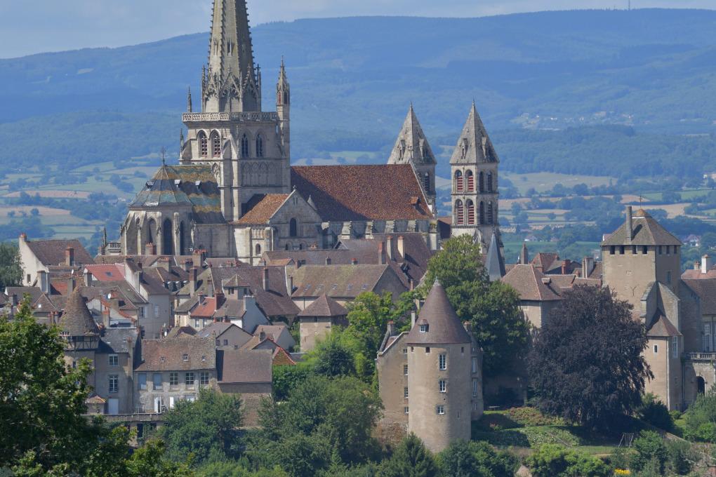 Autun - Cathédrale et quartier épiscopal