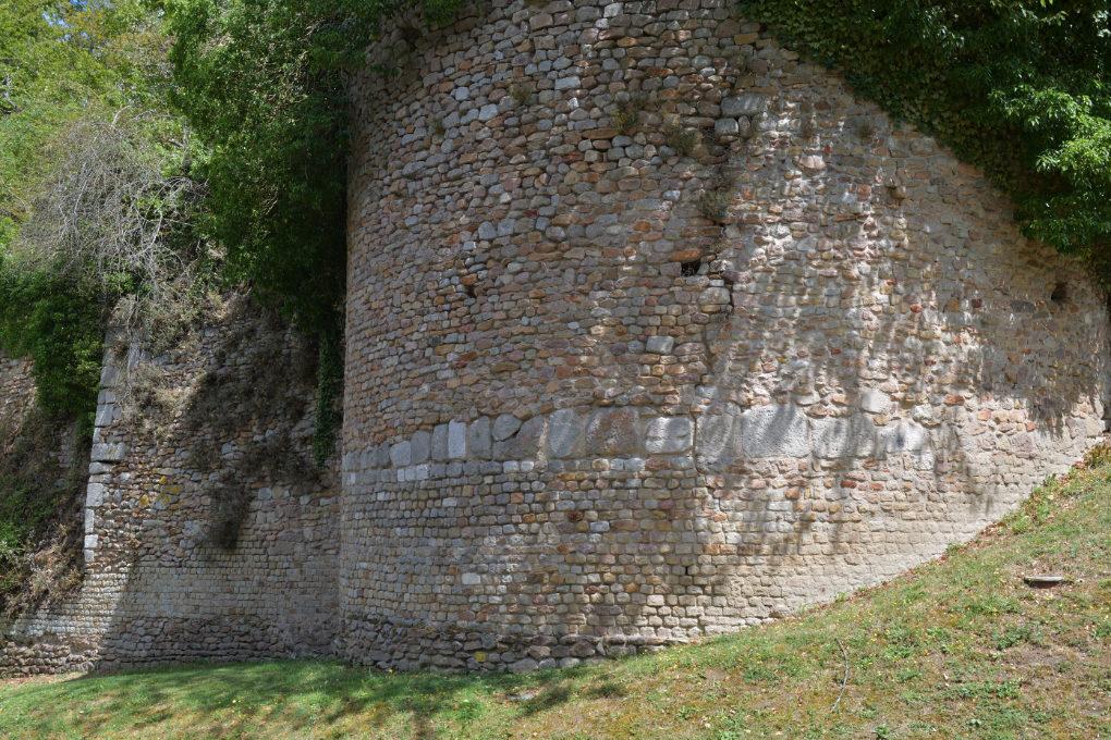 Autun - Enceinte gallo-romaine