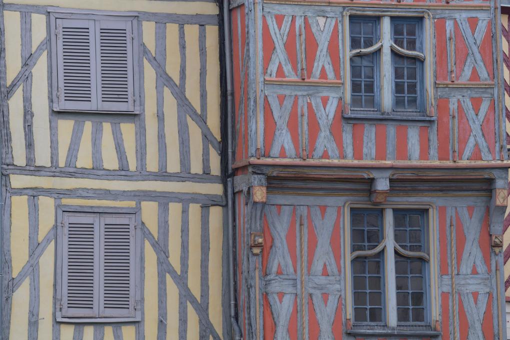 Auxerre - Maison à pans de bois (XVIe s.)