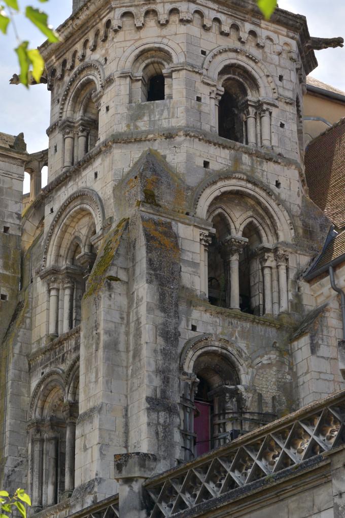 Auxerre - Eglise Saint-Eusèbe : le clocher (v. 1170)