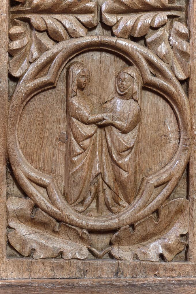 Bard-le-Régulier - Eglise Saint-Jean-l'Evangéliste : les stalles (XIVe s.) : décor des jouées - la Visitation