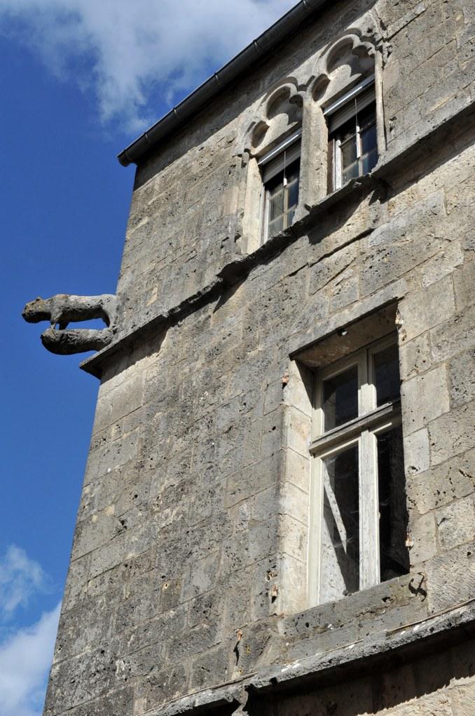Flavigny-sur-Ozerain - La Maison au Loup (XIIIe siècle)