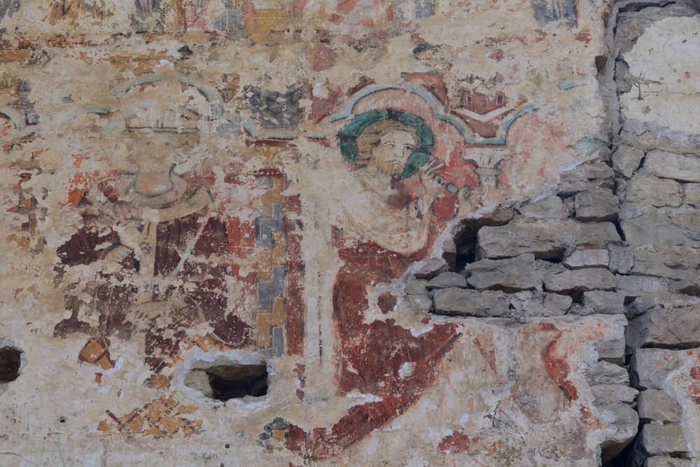 Le Villars-Eglise Saint-Pierre - vestiges des peintures murales (XIIIe s.) de la nef conventuelle : thème de l'Annonciation
