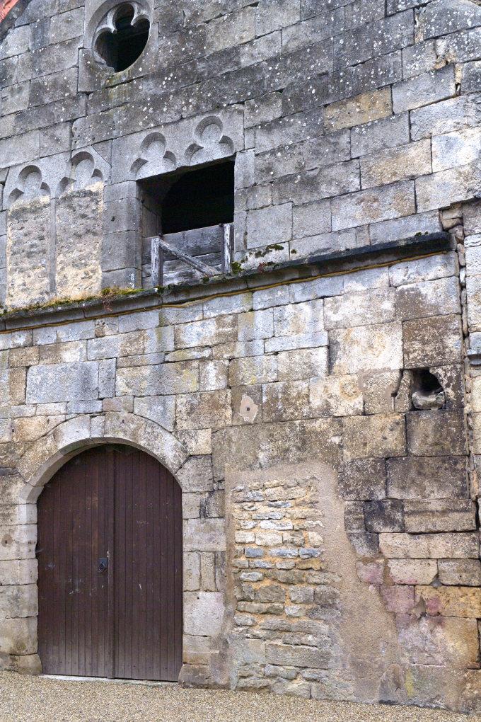 Rougemont - Maison médiévale (XIVe s.)