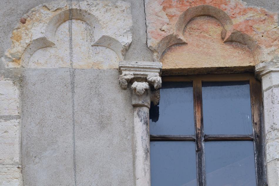 Saint-Gengoux-le-National - Maison civile de la fin du Moyen Âge : arcs trilobés