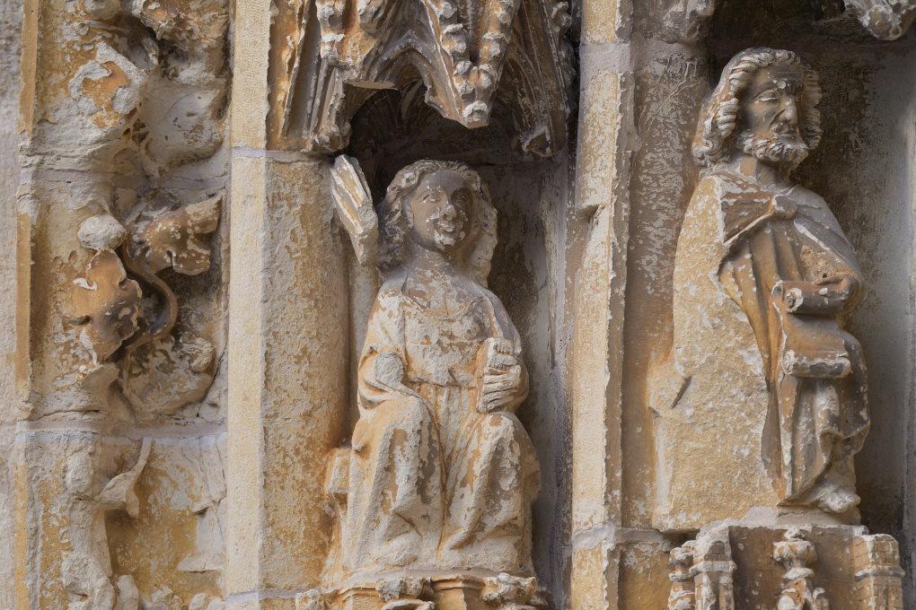 Saint-Père-sous-Vézelay - Eglise Notre-Dame - Ebrasement du portail central du narthex (v. 1300)