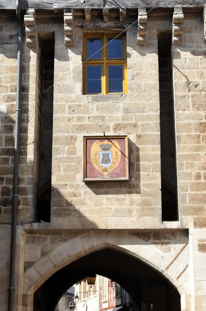 Semur-en-Auxois - Porte Sauvigny (milieu du XVe siècle)