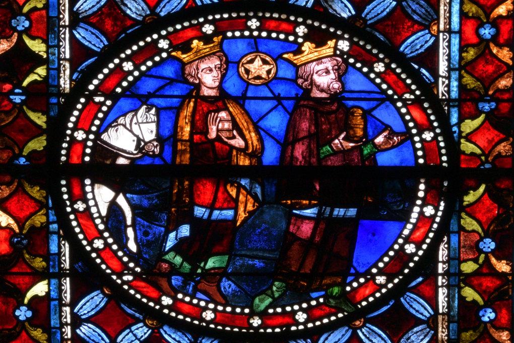 Sens - Cathédrale Saint-Etienne (XIIe-XVIe siècle) : vitrail des Rois mages