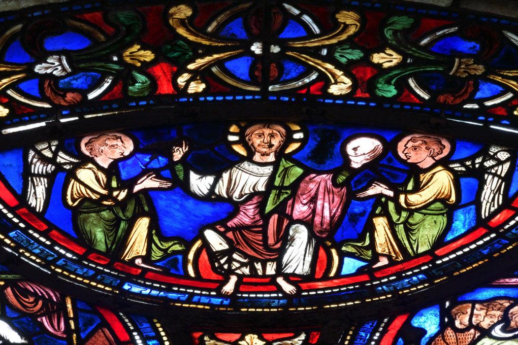 Sens - Cathédrale Saint-Etienne (XIIe-XVIe s.) - Vitrail du déambulatoire (v. 1200/1210) : le Christ accueille l'âme de Thomas Becket