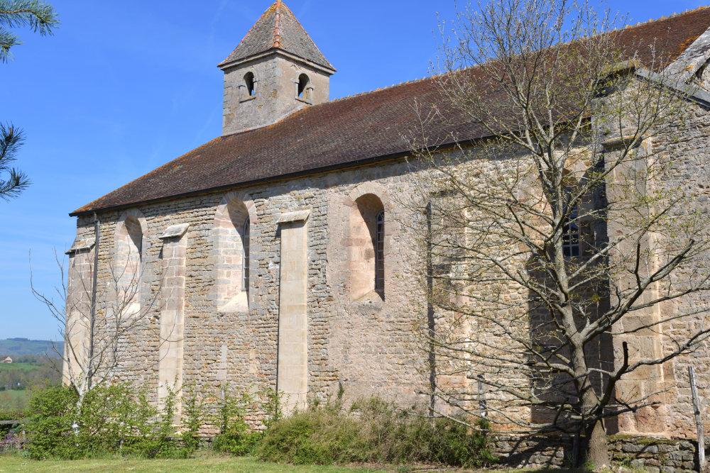 Sigy-le-Châtel - Nef de l'ancienne priorale Saint-Nicolas (XIIe s.)