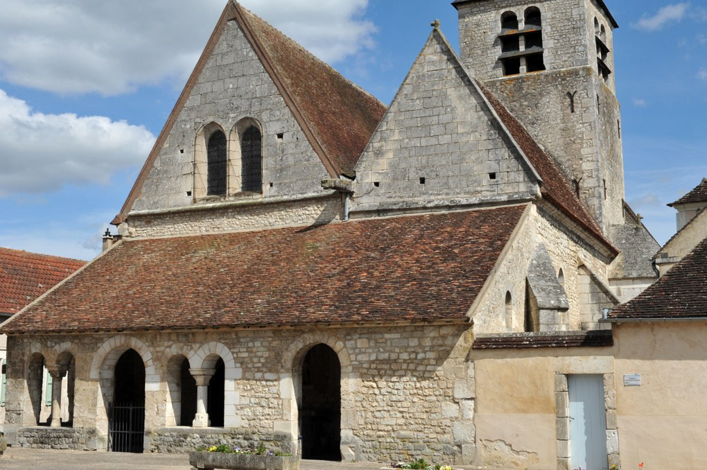Vaux - Eglise Saint-Loup (XIIe-XIIIe et XVIe siècle)